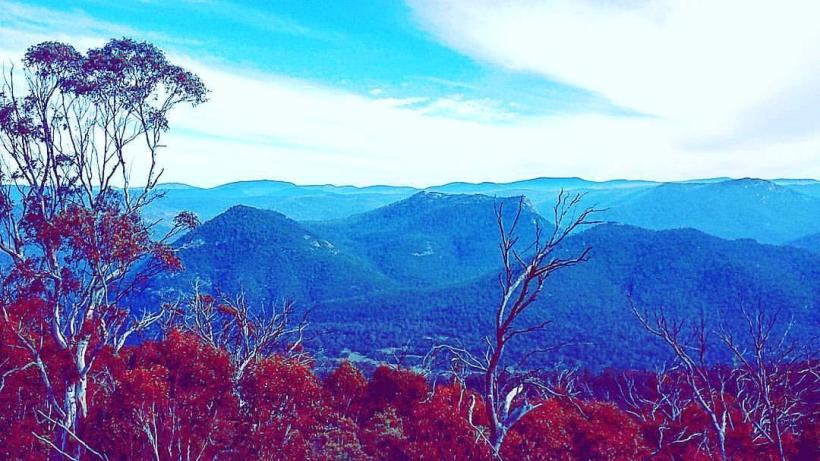 Hiking Mt Tennent Namadgi National Park, Canberra