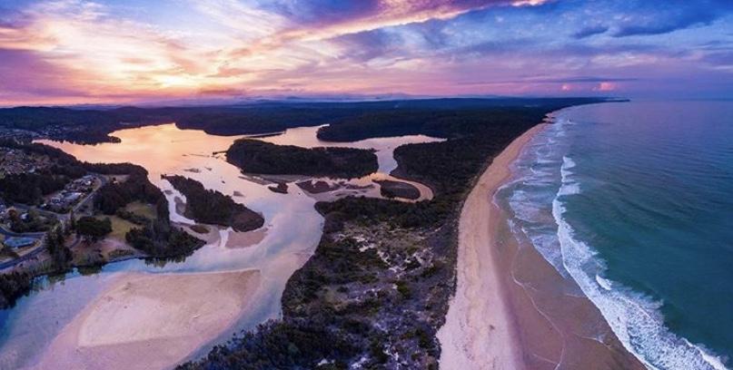 Sunrise over Narooma, NSW. Image Source: @runawaymummy