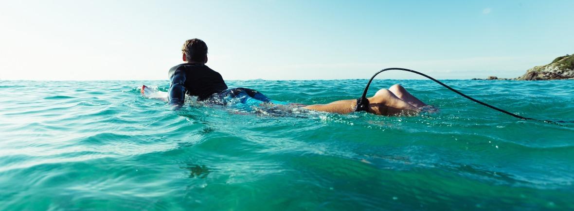 O&E Leash in surf