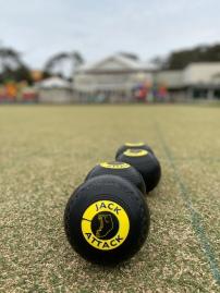 Spirit Quest Travels enjoys a game of barefoot bowls at Club Narooma.